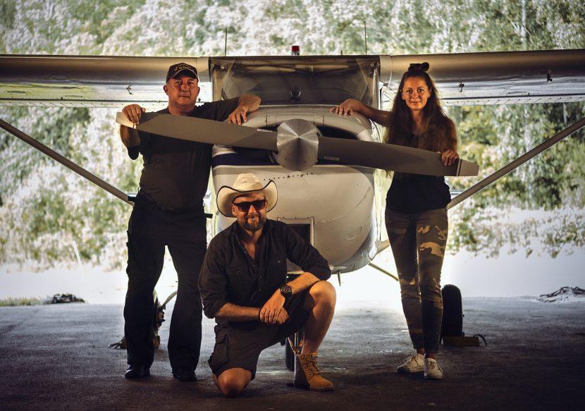 Promotionbild för filminspelning på Fjällbacka flygklubb